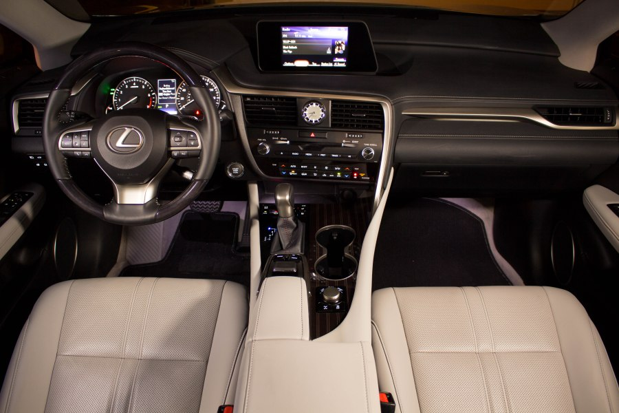 2016_Lexus_RX350_3