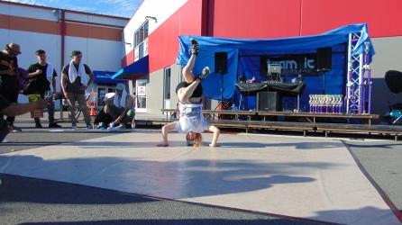 female break dancer