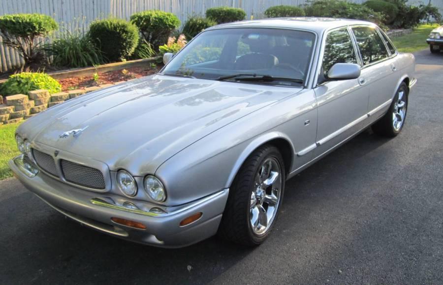 jaguarxjrv8